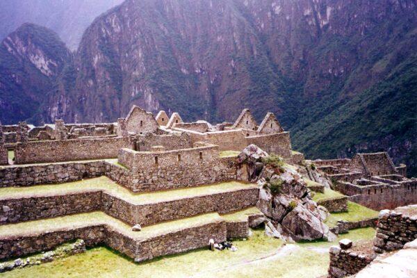 Macchu-Picchu-terraces